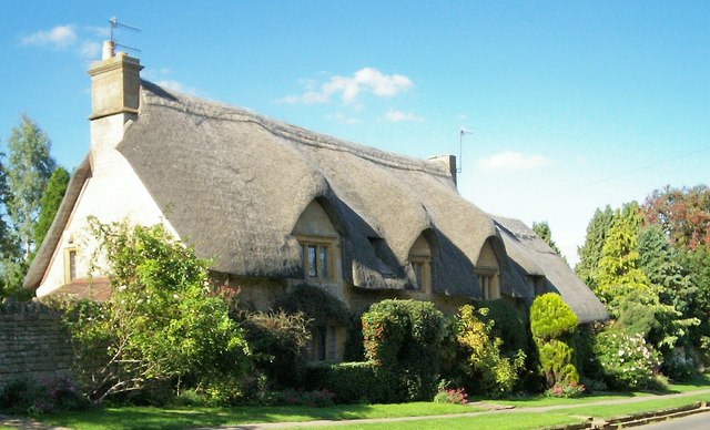 Are You Thinking of Buying a Thatched Property?